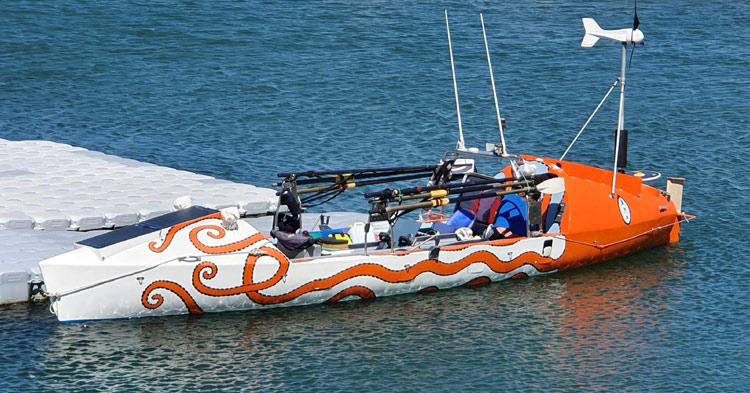 tRIO boat